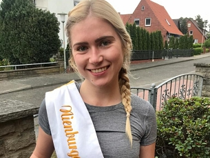 Leonie läuft © Nienburger Spargel